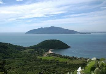 Đồng Hới - Đền thờ Thánh Mẫu Liễu Hạnh - Vũng Chùa, Đảo Yến - Động Phong Nha- Đồng Hới