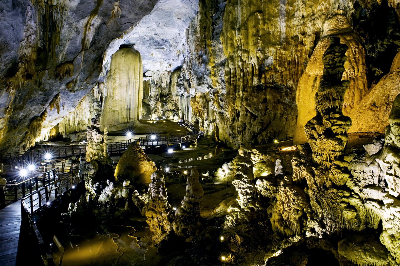 Image result for Phong Nha Kẻ Bàng (Quảng Bình)